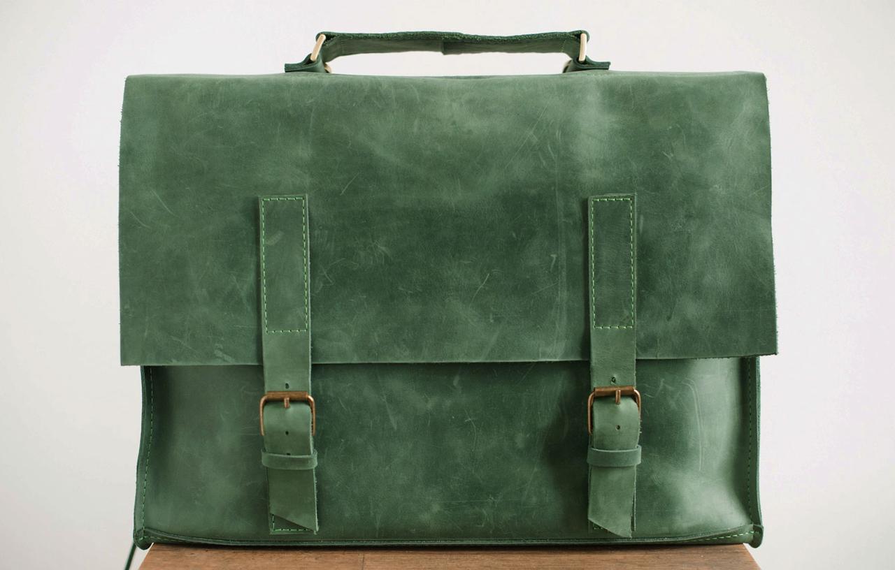сумки-портфели.