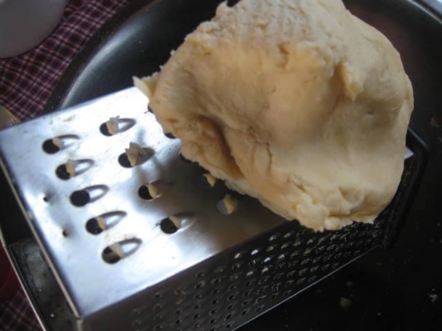 Яблучний пляцок з крухого тіста