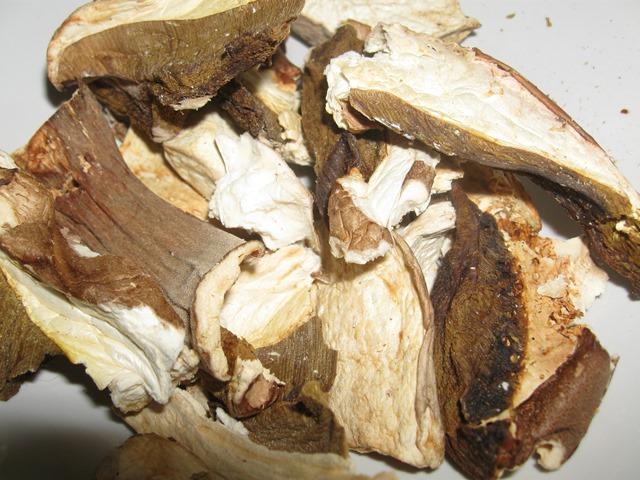 Пісний капусняк з грибами