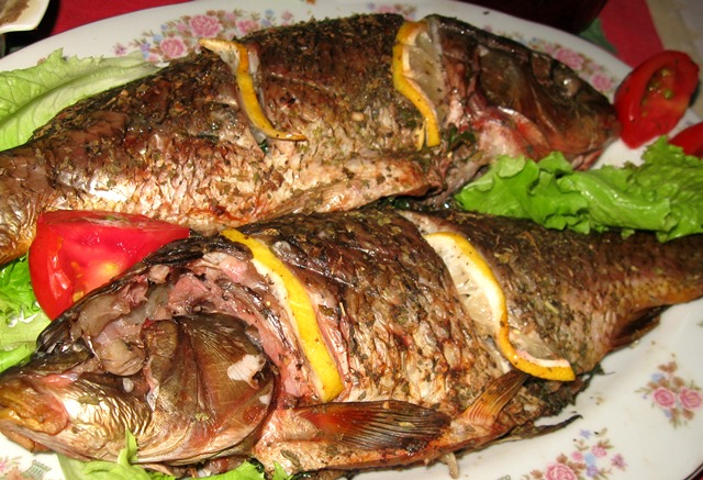 Готуємо рибу в мангалі