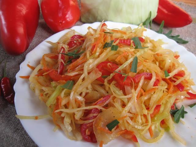 Осінній салат з капусти
