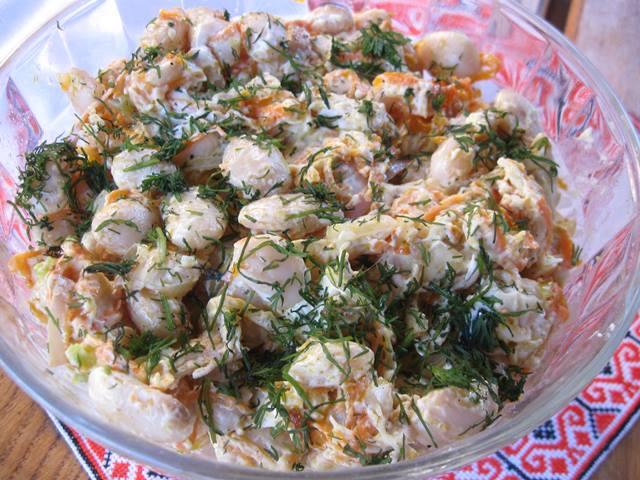 Салат з квасолі і курки