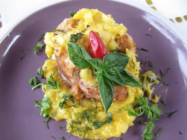 Риба в апельсиновому соусі - приклад того, як можна поєднати непоєнуване і отримати смачну і оригінальну страву