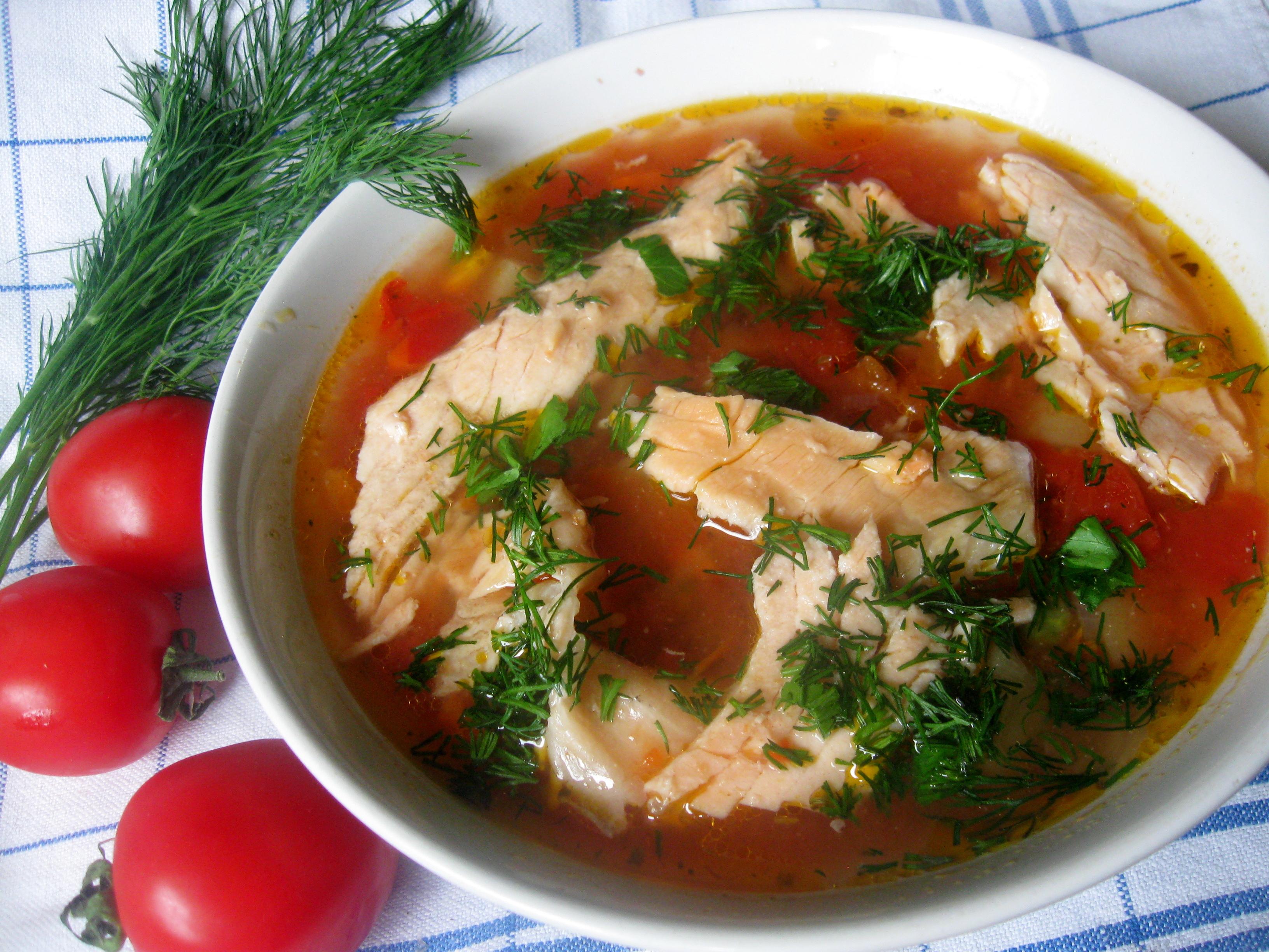 Італійська зупа з лососем